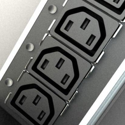 PDU:  IEC320-pistikuga (C13 ja C19)