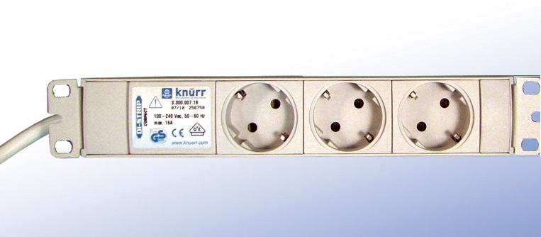 DI-Strip compact 3 sockets