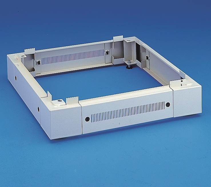 Plinth 100mm W600, D600
