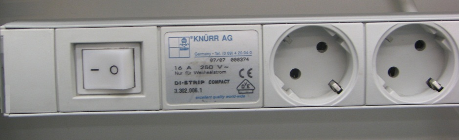 DI-Strip standard 3 sockets